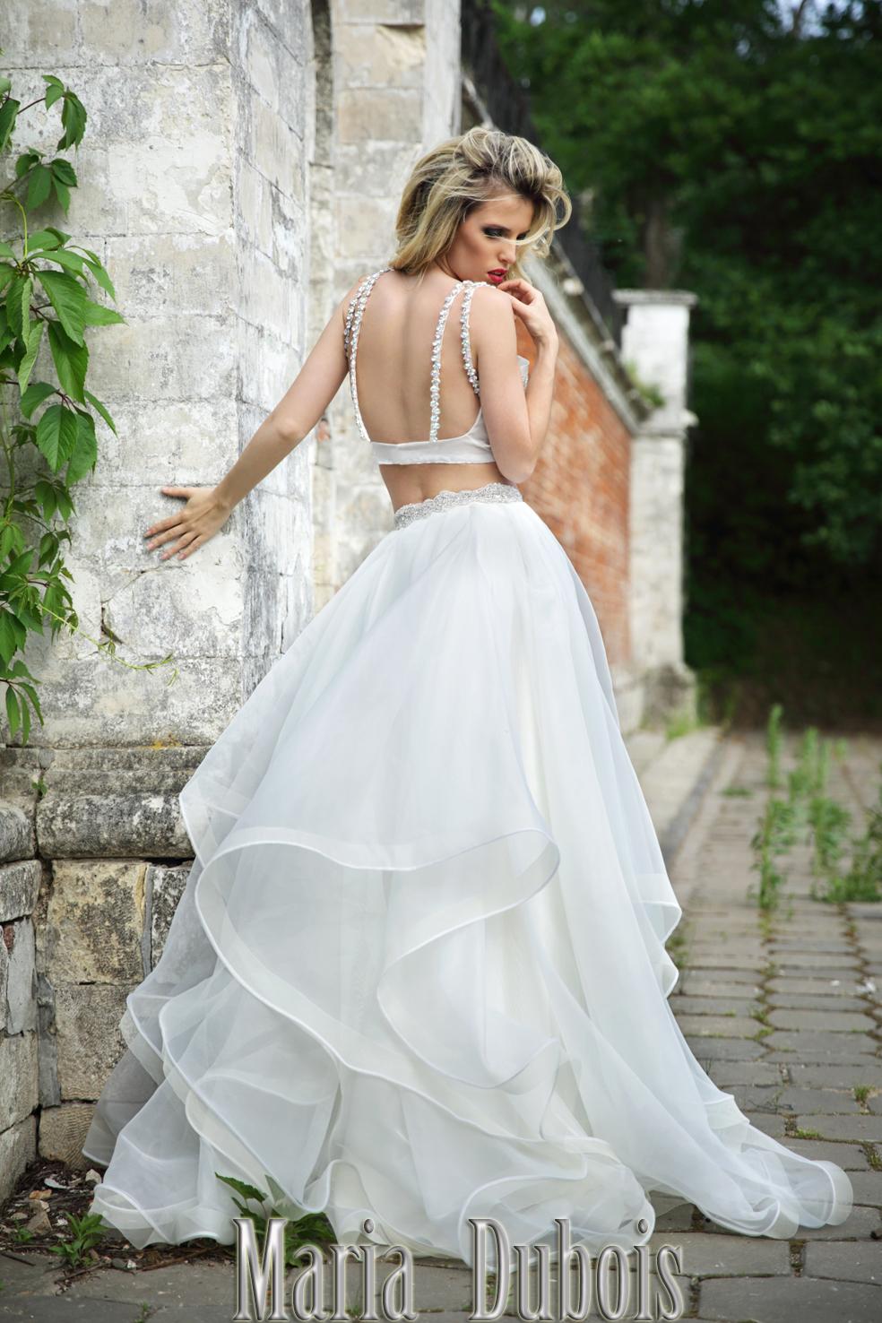Дизайнерское свадебное платье с открытой спиной