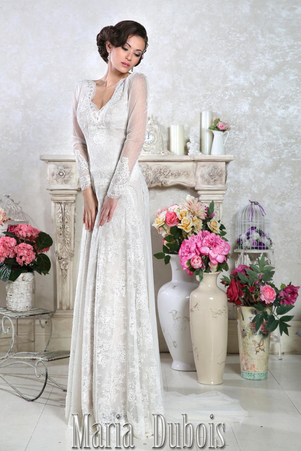 кружевное свадебное платье с открытой спиной и рукавами