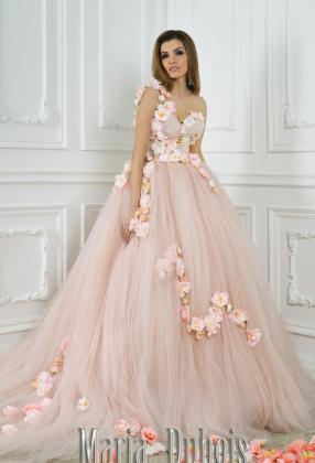 Розовое свадебное платье пышное с цветами